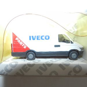 """Wiking Iveco Daily Kasten """" Parts"""" rot  Werbemodell Nr. 2729"""